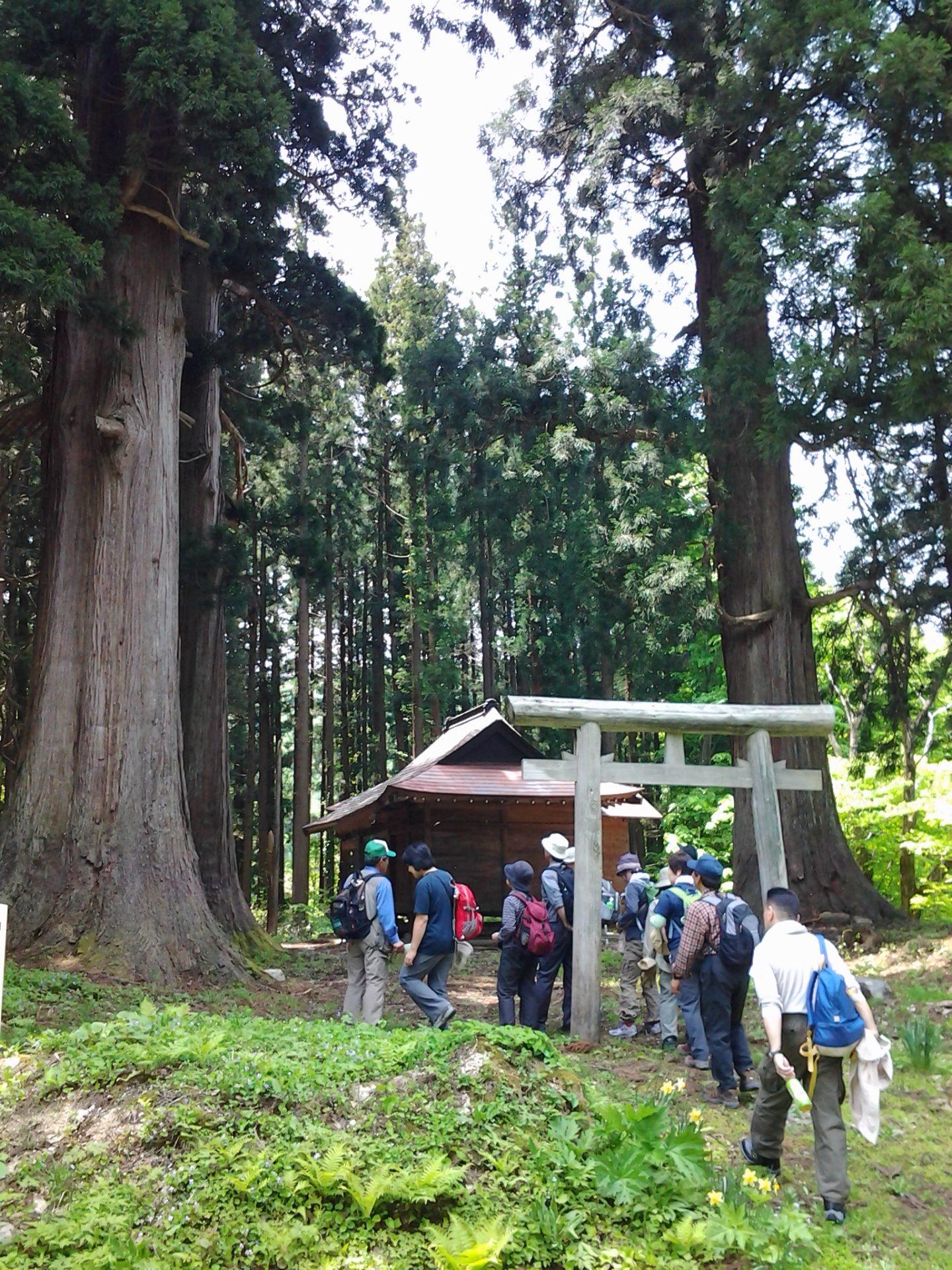 十二山神神社の風景